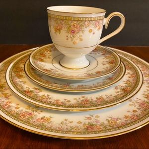 Morning Jewel Place 5 Piece Place Setting